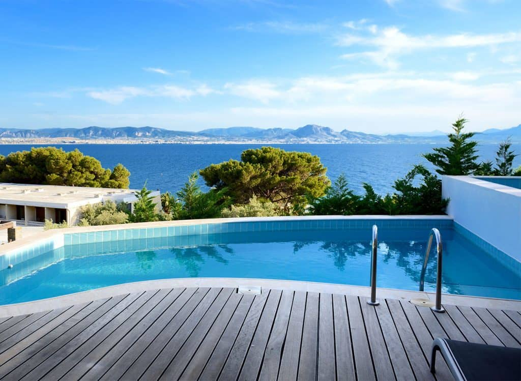 luxury hotel with pool and ocean view from luxury travel agents
