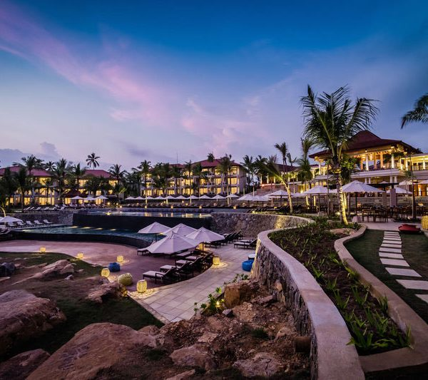 Anantara Sri Lanka Offer Pool side voew