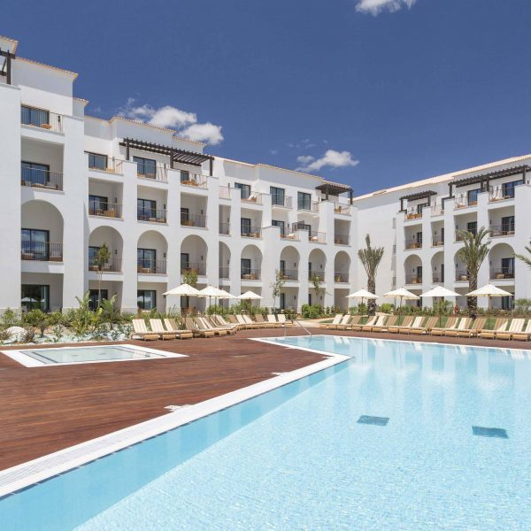 Pine Cliffs Hotel Algarve Offer pool and outside hotel building view