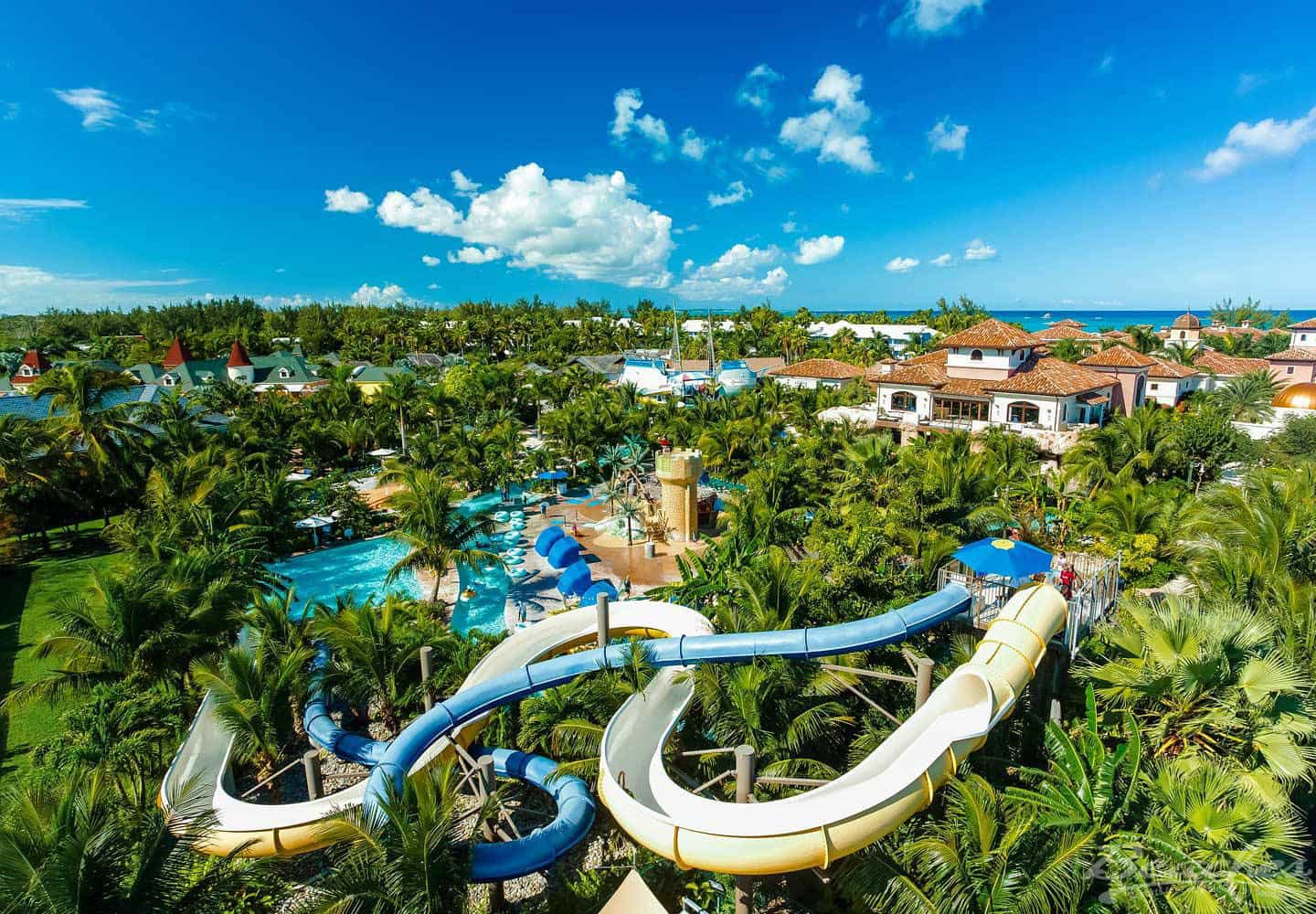 The best hotels with waterparks in the world your travel for Funnest all inclusive resorts