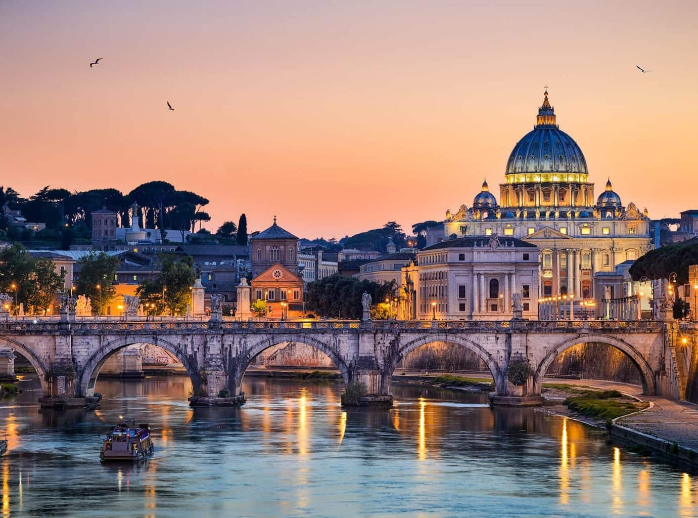 Luxury Rome Holiday - Bridge, river and architecture shot