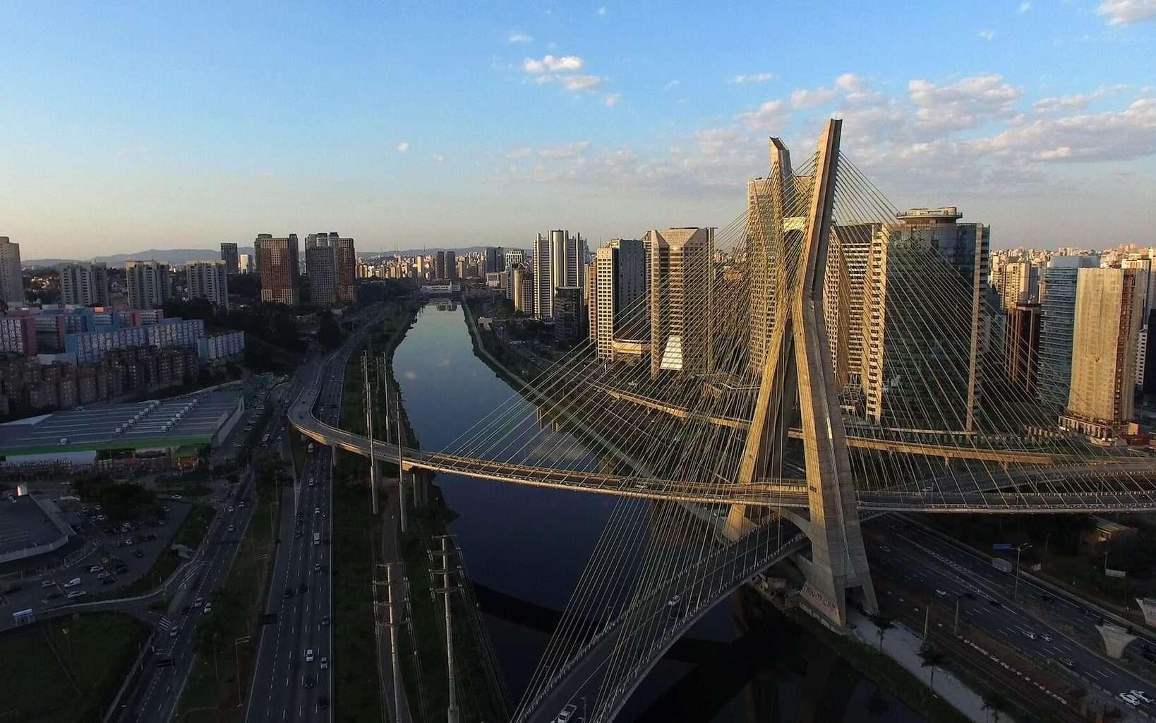 Luxury Holidays to Sao Paulo - river, bridge and skyline shot