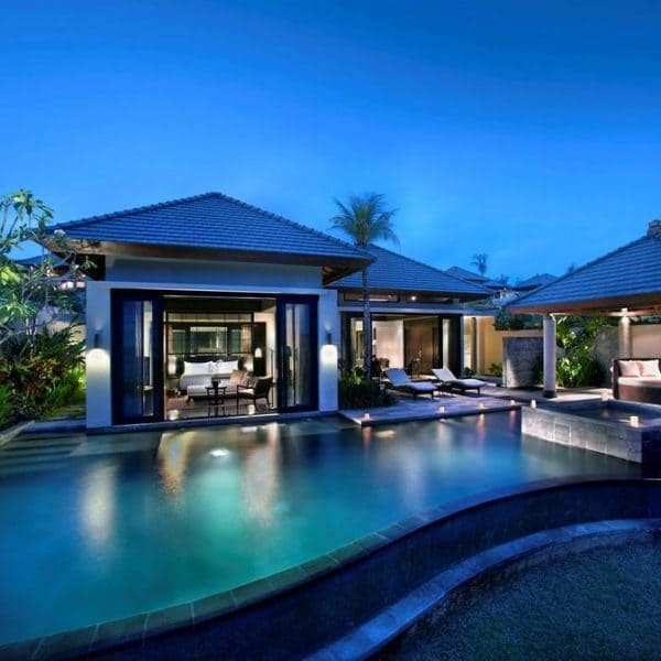 Banyan Tree Ungasan Bali pool side view