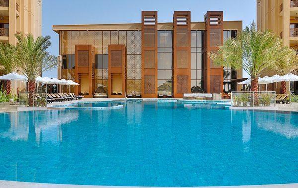 Doubletree Hilton Marjan Island Offer pool side view
