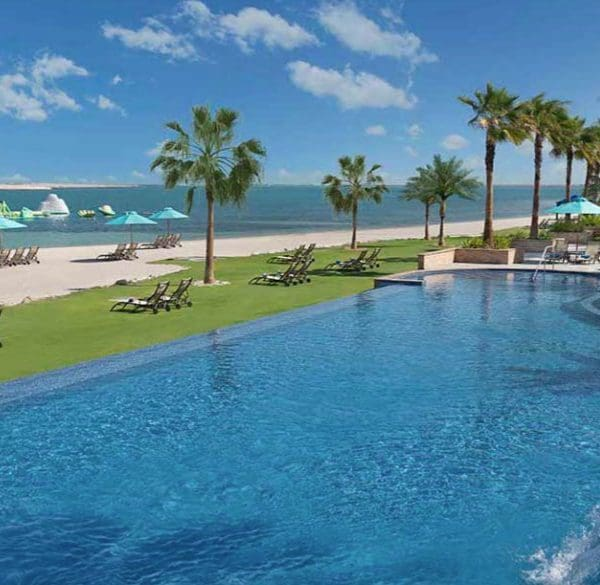 Ja Jebel Dubai pool and ocean view