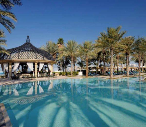 The Palace Mirage Dubai pool side view