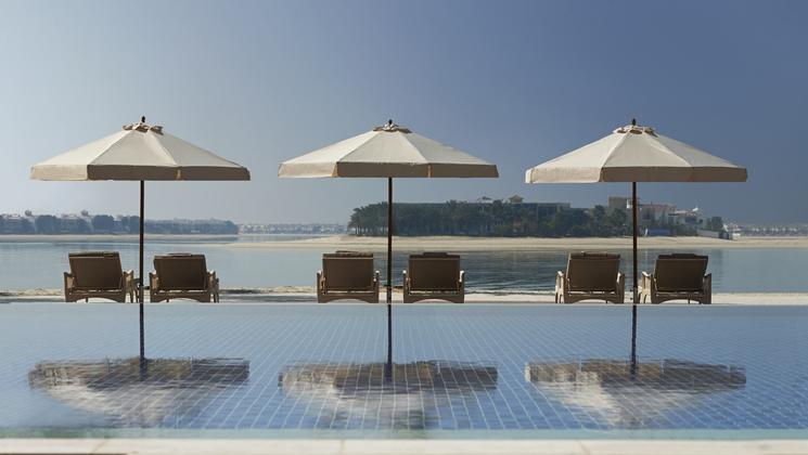 Waldorf Astoria Dubai Palm Jumeirah view of the swimming pool