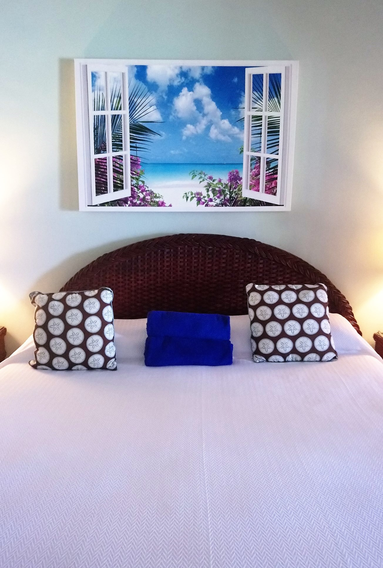 Interior design of a Beachfront Room at Pineapple Beach Club Antigua