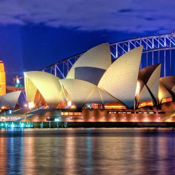Sydney Opera House, Part of 14 Days Around the World offer