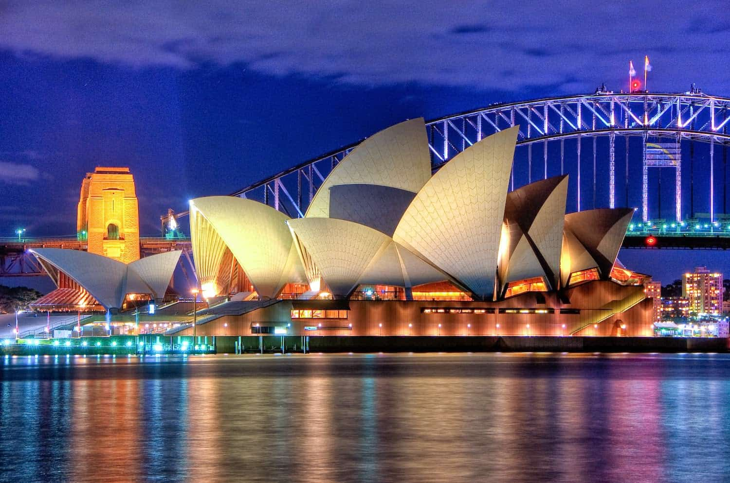 Sydney Opera House, Part of 14 Days Around the World offer